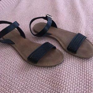 Black Flat Strappy Sandals